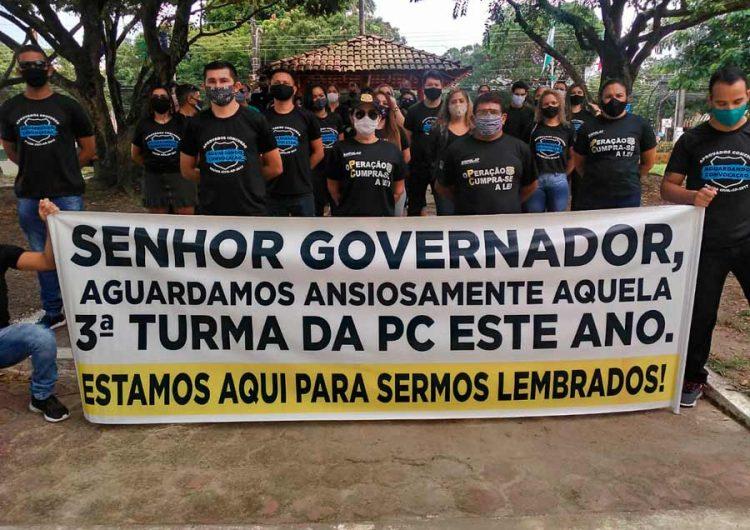 """""""Podemos contribuir"""", dizem aprovados para Polícia Civil à espera de convocação"""