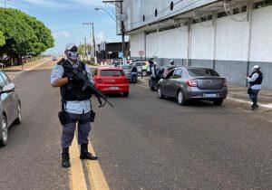 Randolfe defende reajuste a policiais e bombeiros dos ex-territórios