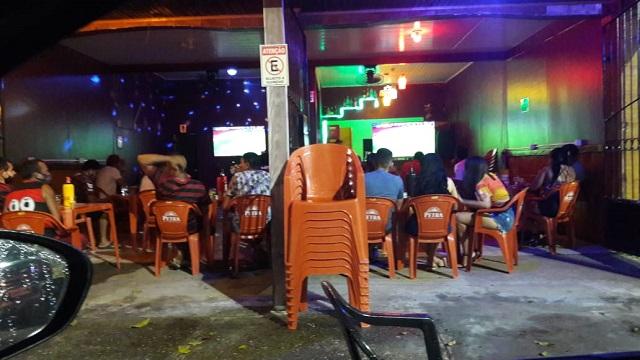 Macapá libera 200 pessoas em cultos, missas e shows em bares