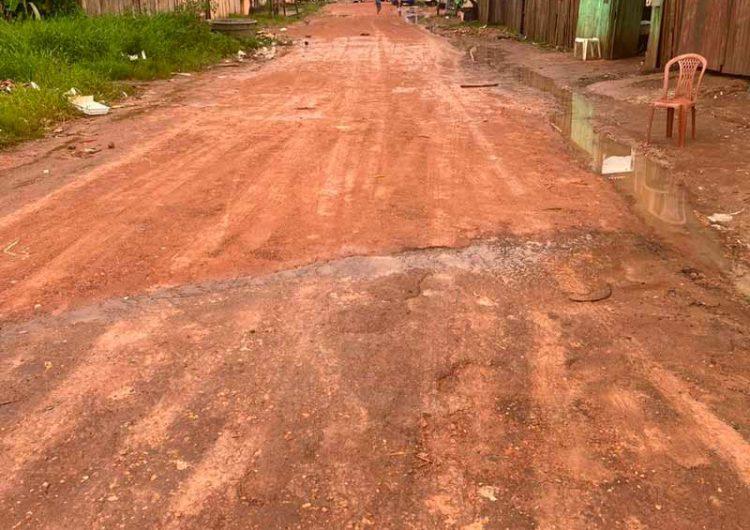 Moradores da Guaranis pedem conclusão de obra