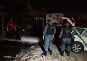 PM troca tiros com grupo fortemente armado; integrante morre