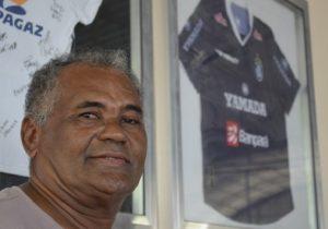 Ídolo do futebol brasileiro e amapaense, Bira será velado na Alap