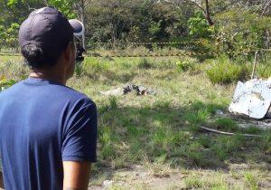 Universitário é encontrado morto em área de mata; pai identifica o corpo