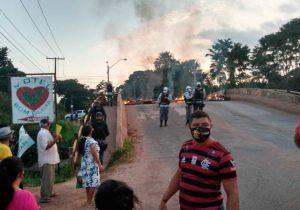 Protesto por asfalto bloqueia pontes e isola zona norte por 1 hora