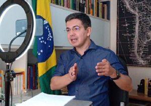 Covid-19: Randolfe cobra vacinas e planejamento para o Amapá