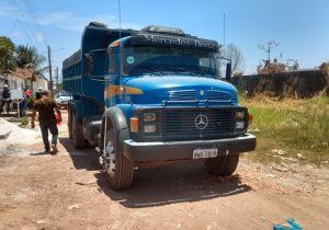 Caçamba esmaga criança de 2 anos; veículo era dirigido pelo pai da menina