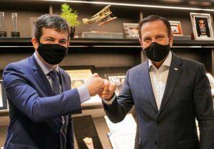 Randolfe e Dória combinam frentes para ampliar distribuição da CoronaVac