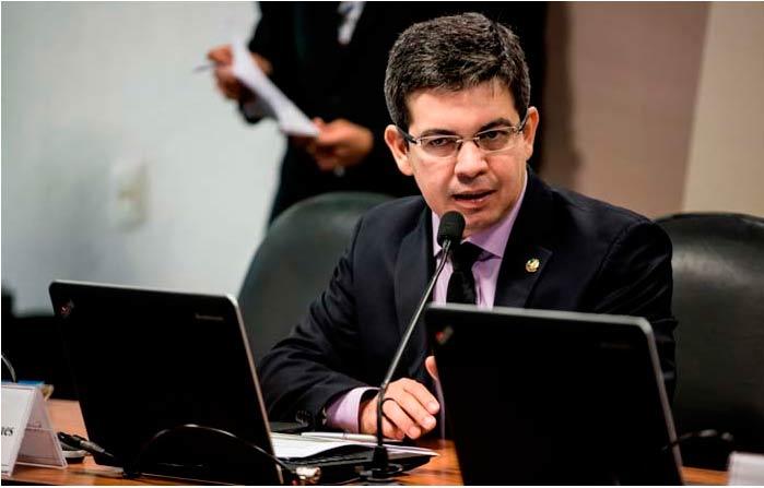 Diretor da Aneel será ouvido no Congresso sobre apagão no Amapá