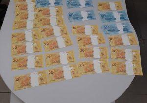 Homem é preso com R$ 1 mil em notas falsas