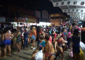 Amapaenses saem às compras e lotam comércio de Macapá