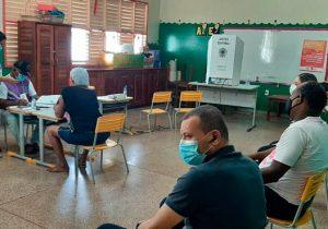 Urnas são substituídas em Macapá, mas votação tem normalidade