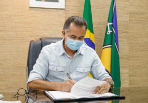 Waldez solicita reserva de 360 mil doses da coronaVac