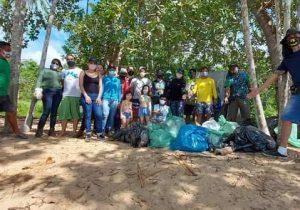 Grupo lança projeto e retira mais de 700 kg de lixo de trilha turística
