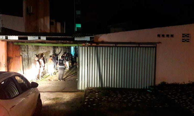 Jornalista, advogado e policial são encontrados em motel usado por viciados