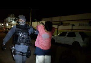 Detento em regime domiciliar é flagrado fora de horário e com drogas