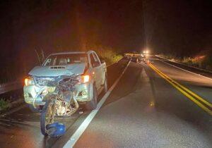 Após cair de moto, homens são atropelados por carro na BR-156
