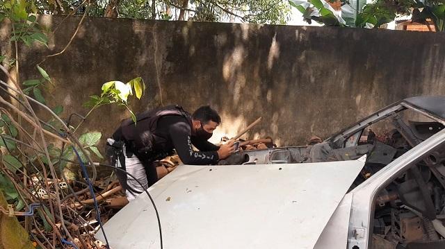 Dono de oficina mecânica usada para desmanche é preso