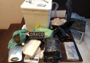Draco flagra homem com 8 kg de drogas