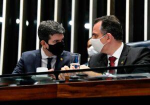Senador do Amapá assume relatoria da Lei da Vacina