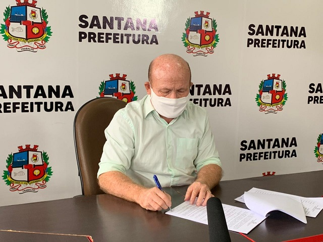 "Santana evita usar ""lockdown"", mas adota medidas semelhantes"
