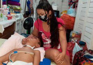 Após cirurgia, adolescente fica cego, mudo e tetraplégico