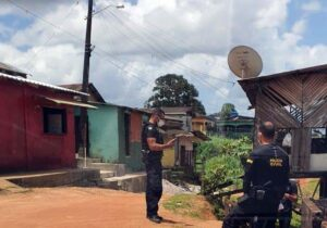 Em rua conhecida como 'cracolância', polícia prende condenada a 7 anos