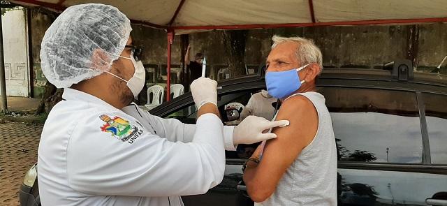 Justiça manda União garantir leitos e vacinação em massa no Amapá
