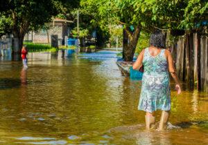 Rio Jari sobe e número de desabrigados aumenta