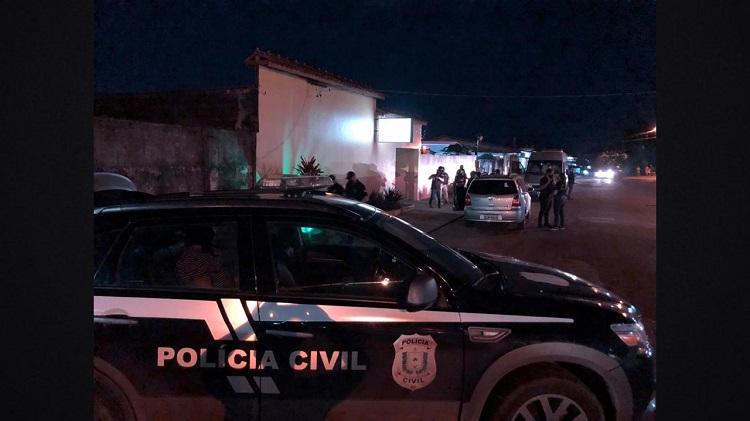 Homem é preso em flagrante saindo de motel com menina de 14 anos