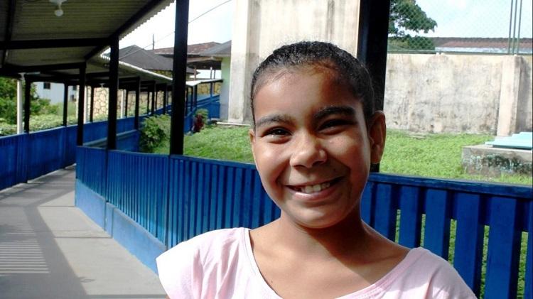 """""""Meu sonho é ter uma família"""", diz Joice; Dezenas de crianças aguardam adoção no Amapá"""