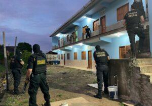 PF prende 'pirateiro' que trazia ilegalmente haitianos para Macapá