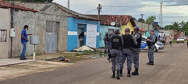 Jovem foi morto em acerto de contas, diz polícia