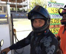 """""""R$ 50 é o novo vintão"""", diz motorista sobre preço da gasolina"""
