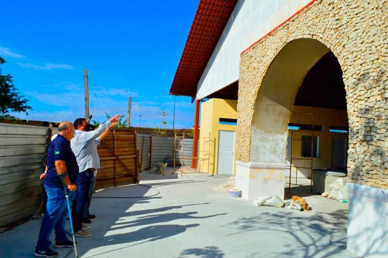 Após concluir praça de alimentação, governo estuda limitar funcionamento do Parque do Forte