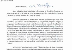 Macron dará a Randolfe a mais alta comenda da França
