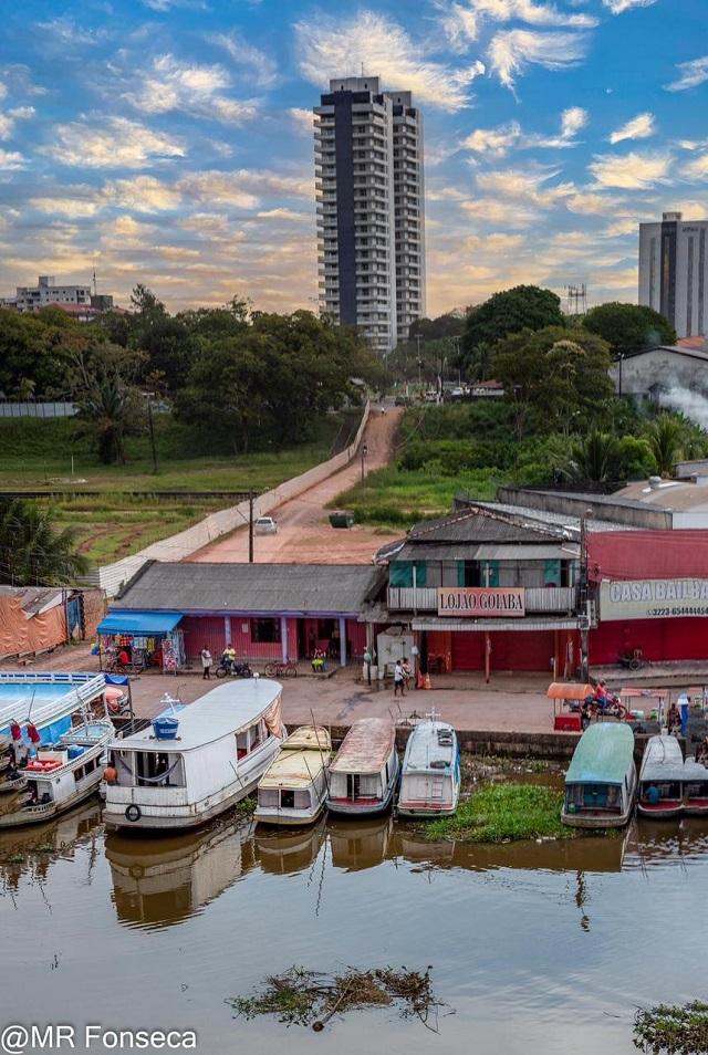Rua 'nova' promove encontro da FAB com o Amazonas