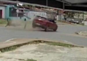 VÍDEO: Motociclista morre em grave acidente em Santana