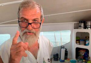 """""""Nunca perdi o foco"""", diz geólogo que mora em catamarã"""