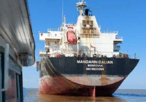 Navio estrangeiro ancorado no Amapá tem agora 17 infectados
