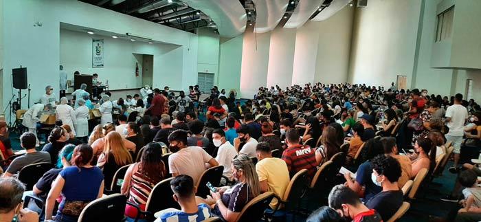 Macapá anuncia vacinação do público de 16 a 12 anos