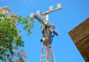 Bailique: Após pedido de Acácio, CEA repassa recursos e PMM inicia iluminação com energia solar