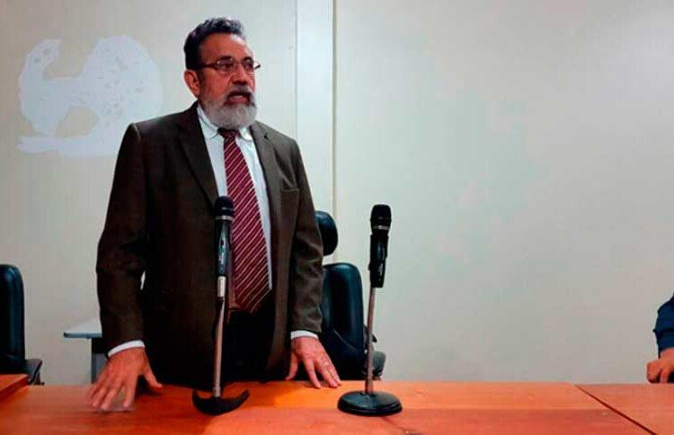 Politizando: Os ataques e o prazo de Gilvam