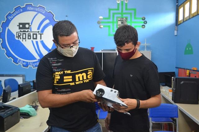 Robótica: edital abre 60 vagas para alunos de escolas públicas do Amapá
