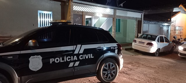 Assaltantes matam pai e deixam filho ferido em roubo a residência