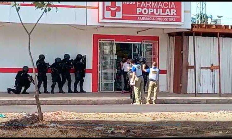 Bandido faz reféns em farmácia de Macapá